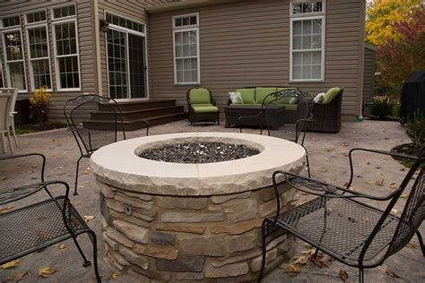 patio with firepit patio with firepit in autumn brian kyles