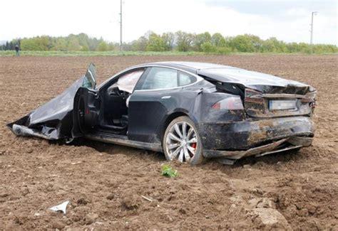 Tesla Stock Crash Tesla Model S In Germany In Pictures Bgr