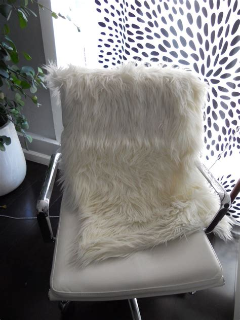 Faux Fur Chair Throw by White Fluffy Faux Fur Throw Or Rug For Chair Or Or Bed