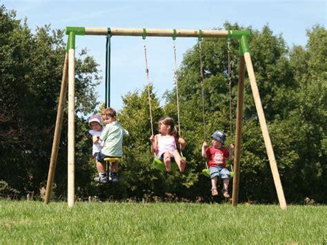 buitenspeelgoed ede buitenspeelgoed skelters speelhuisjes trolines berluc