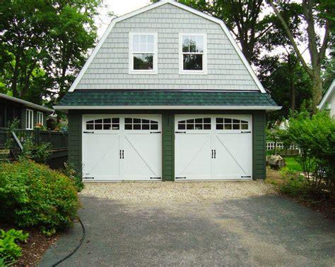 Overhead Door Company Springfield Mo Carriage House Garage Doors Carriage House Plans With Garage Barn Garage Door Hardware Designs