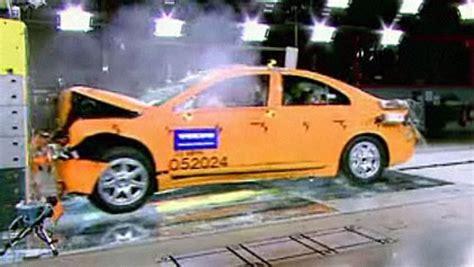 ab wann gilt ein auto als unfallwagen n tv ratgeber wann gilt ein pkw als unfallauto n tv de