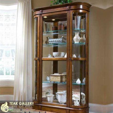 Jual Lu Hias Ruang Tamu Minimalis 1000 ide tentang lemari hias di furnitur daur