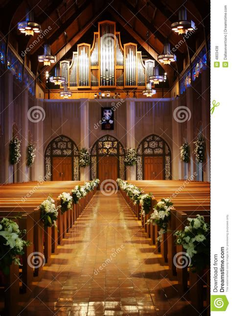 isle   church   wedding day stock photo image