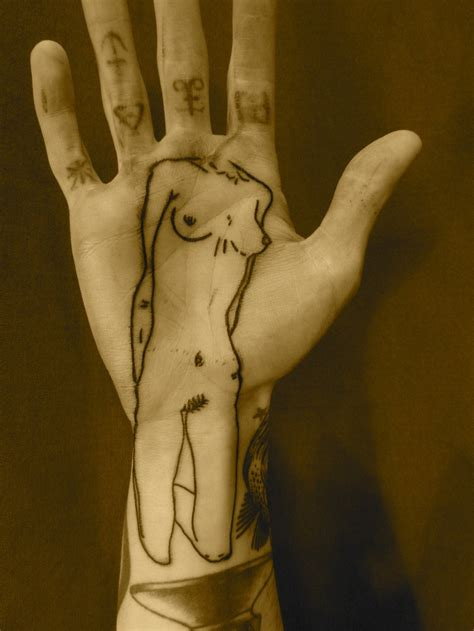 hand tattoo under 18 60 best tattoo images on pinterest ink tattoo ideas and