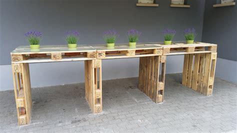 Paletten Tisch Bauen by Palettenm 246 Bel Tisch Aus Europaletten Bauen Theo