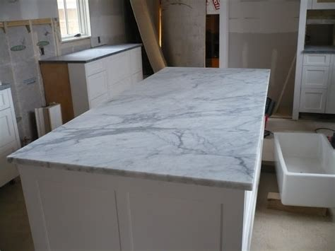 Venatino Quartz Countertops by 17 Best Ideas About Green Granite Countertops On