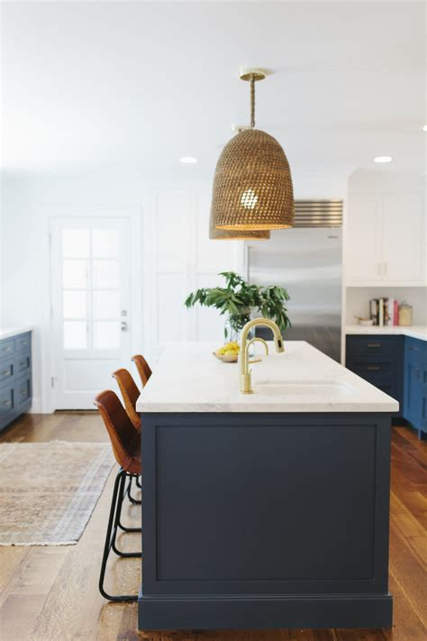 complete your kitchen kitchen lighting 10 light fixtures your kitchen needs today
