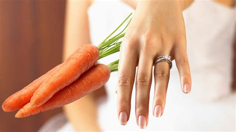 Wedding Ring On Carrot by Wedding Ring Found On Carrot After 16 Years The