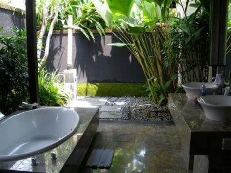 nature themed bathroom 42 amazing tropical bathroom d 233 cor ideas digsdigs