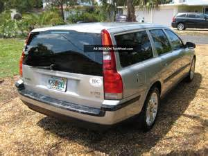 2001 Volvo V70 Wagon 2001 Volvo V70 T5 Wagon 4 Door 2 3l 3rd Row Seat