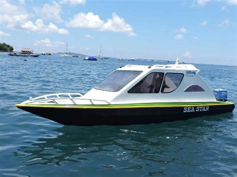 speed boat meaning speed boat www pixshark images galleries with a bite