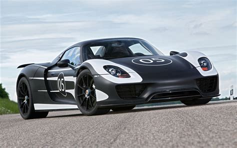 car porsche porsche 918 spyder 2013 wallpaper hd car wallpapers