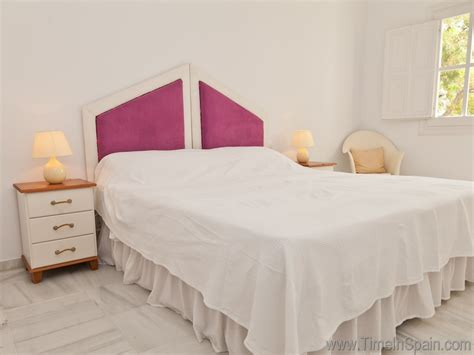 twin size bedroom suites holiday rental accommodation costa del sol villas to rent