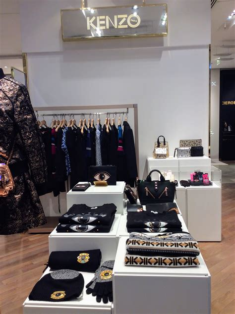galeries lafayette paris  store trends fashion trendsetter