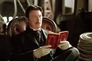 Tesla Reading David Bowie In As We It