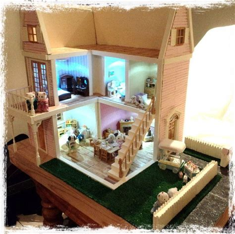 sylvanian dolls house wooden dollhouse used as sylvanian families house diy projects pinterest