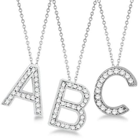 gioielli con lettere i gioielli per neomamme un regalo speciale molu il