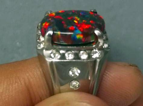 Batu Akik Warna Warni 3415 warna warni yang terpancar dari batu jenis opal koleksi