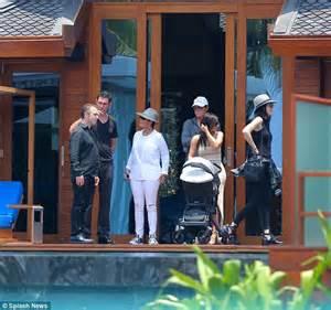 The kardashians 150k a week beachfront thai vacation palace daily