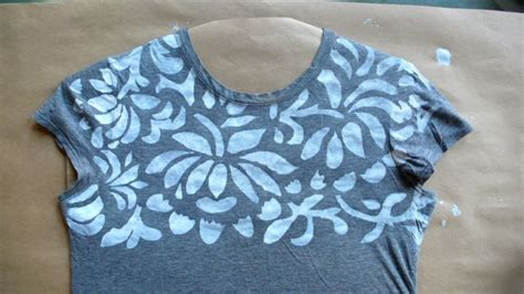 Tshirt Painted Roffico Cloth How To Embellish Any T Shirt With Designer Natalie Chanin