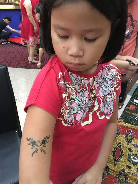 tattoo airbrush singapore airbrush tattoo for children singapore carnival world