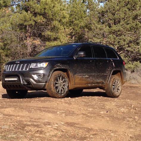 jeep grand cherokee light bar muddy jeep grand cherokee wk2 bullbar light bar black