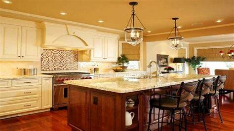 Country Kitchen With Island Country Kitchen Island Awesome Door Cabinets Country Kitchen Ideas Green