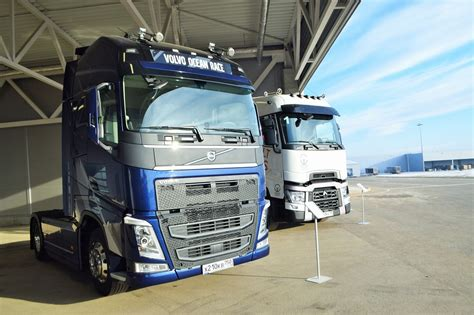 volvo truck factory sweden volvo sets up a sh2 5 billion trucks assembly plant in