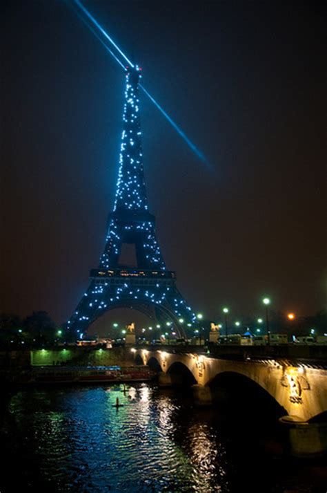 eiffel tower new years flickr photo