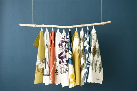 hanging quality kitchen towels thehomemakersdish
