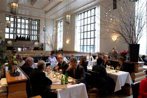 11 madison park restaurant new york eleven madison park announces brand new menu that serves