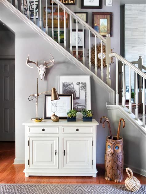 home design story christmas update affordable ways to update an entryway hgtv
