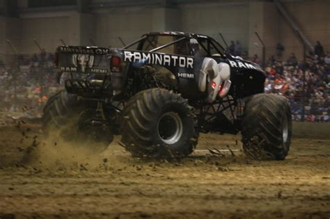 duquoin monster truck show monster truck show roaring into du quoin entertainment