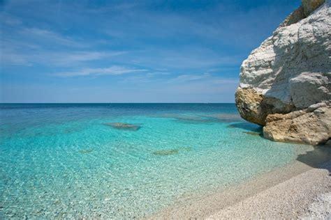 spiaggia delle ghiaie isola d elba isola d elba curiosit 224 5 cose da sapere tuscanypeople