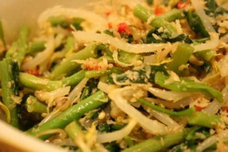 cara membuat salad sayuran enak resep cara membuat urap sayuran yang enak reseponline info