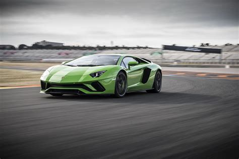 2018 lamborghini aventador s roadster review top speed 2018 lamborghini aventador s picture 703558 car review top speed
