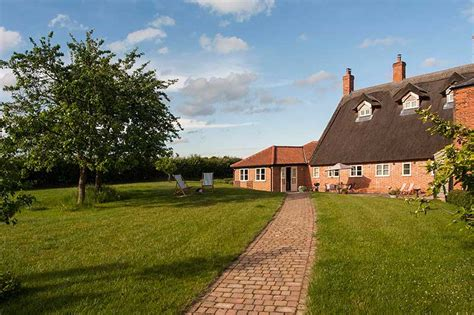 Self Catering Cottages Norfolk Broads norfolk broads self catering cottages limes farm