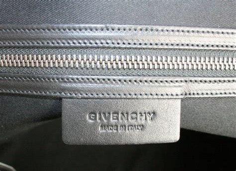 Berry By Huer Lovely Bowknot Pull Zipper Wallet Abu Ab givenchy berry nightingale bag at 1stdibs