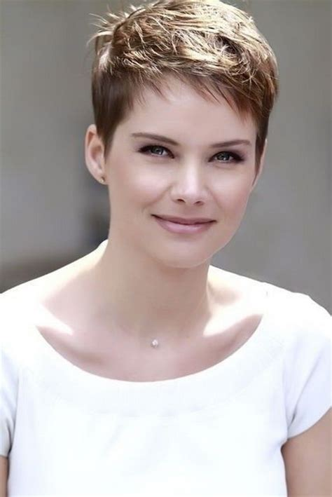 short cropped hairstyles for women over 50 short very short cropped hairstyles for women
