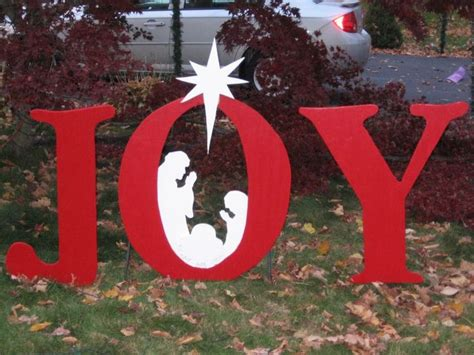 wooden joy christmas yard sign pin by scarboro on craft ideas