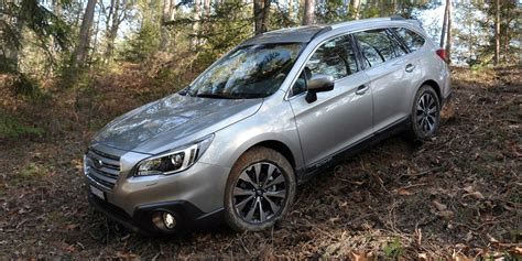 subaru outback road subaru outback review carwow