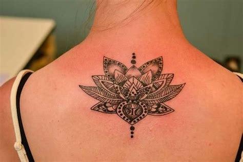 back lotus hindou lotus tatouages lotus