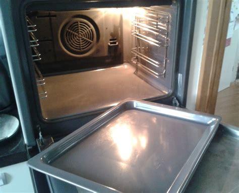 zeep groene oven schoonmaken met behulp van groene zeep en ammoniak