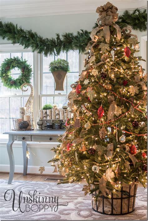 Bonia Silver Gold Cover White 30 unique tree stand decoration ideas