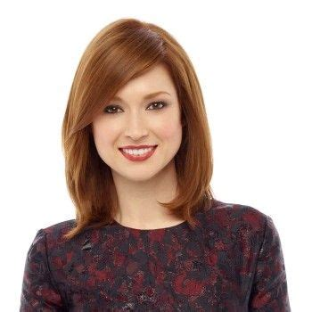 ellie kemper hair color in a box ellie kemper looks very young normally but this and the