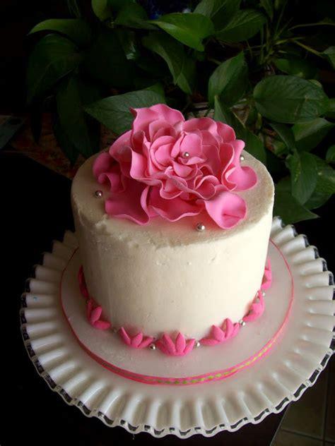 Cake Decorating Fondant Flowers by Fondant Flower Cakes Fondant Cake Images