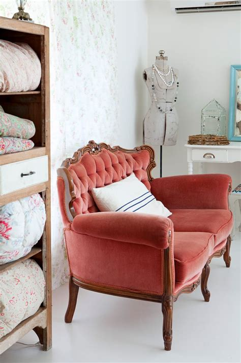 vintage sofa ideas  pinterest fabric chesterfield sofa antique sofa  antique couch