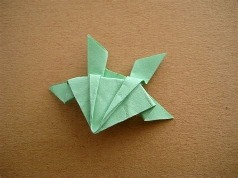 Hopping Origami Frog - origami jumping frog 183 how to fold an origami animal
