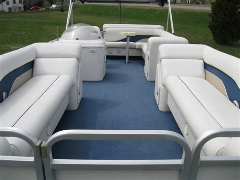 pontoon boat seats toronto 2000 sweetwater 2423 pontoon boat w 50 hp honda seats 12